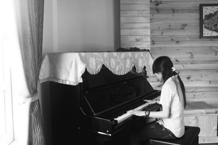 Học đàn Piano đệm hát