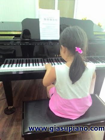 hoc dan piano