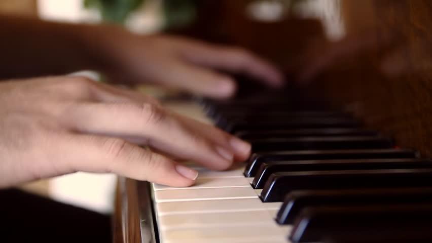 Liên hệ tìm gia sư Piano tại Quận 2
