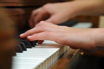 Liên hệ tìm gia sư Piano tại Quận 3