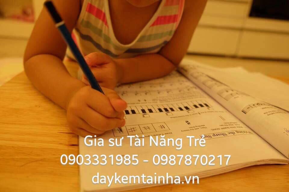 Nhận gia sư dạy đàn Piano tại nhà